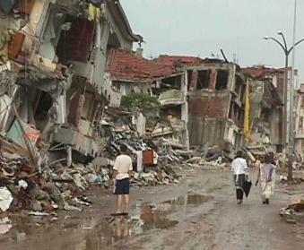 http://www.rincondelvago.com/informacion/terremotos/img/1999_Turquia.jpg
